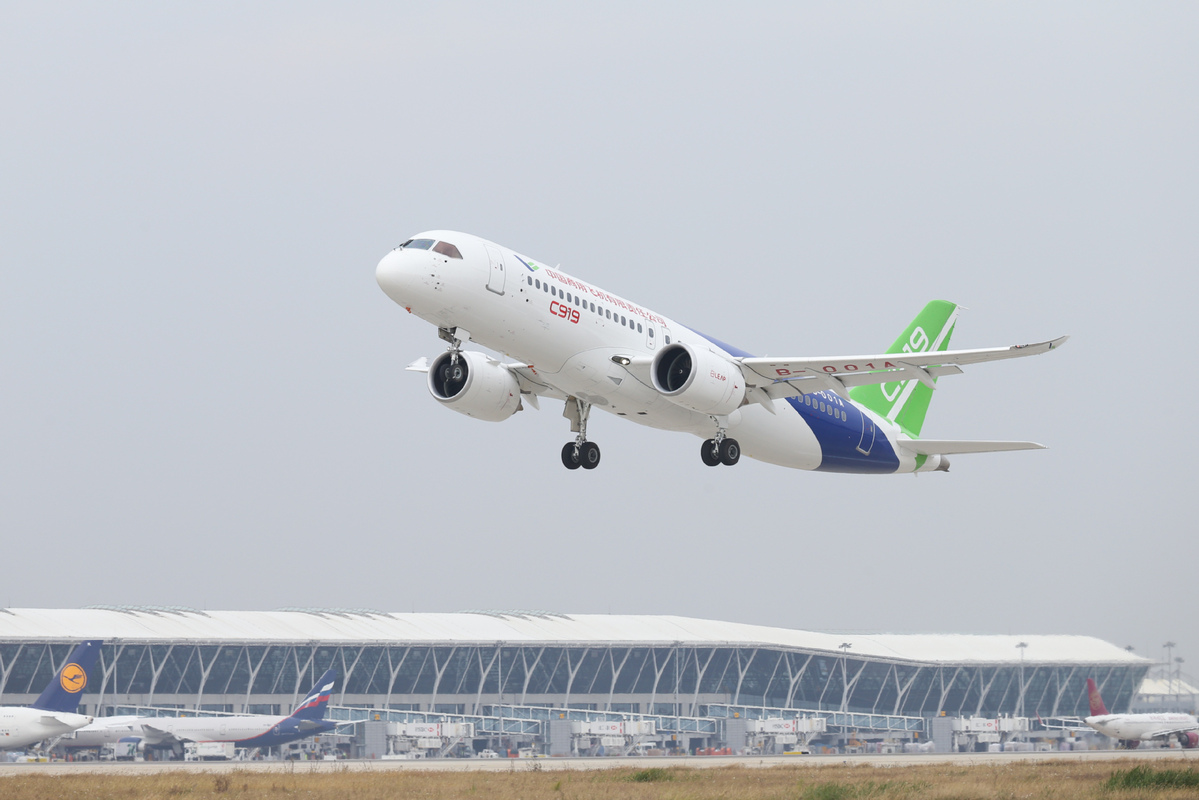 China's HNA, COMAC to exend networks with homegrown C919, ARJ21