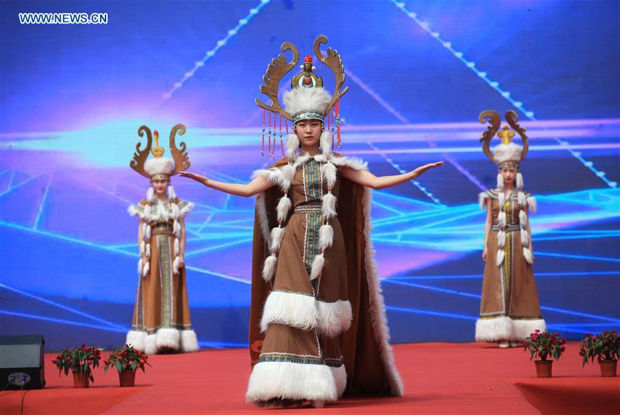 Folk culture tourism festival held in Hohhot, N China's Inner Mongolia