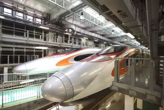 Express rail link from Hong Kong's West Kowloon nears completion
