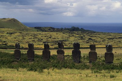 Chile to restrict tourists and non-locals on Easter Island
