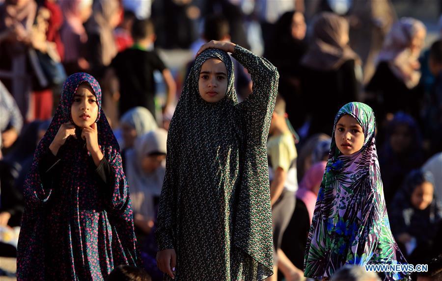 Jordanians attend Eid al-Adha prayers in Amman