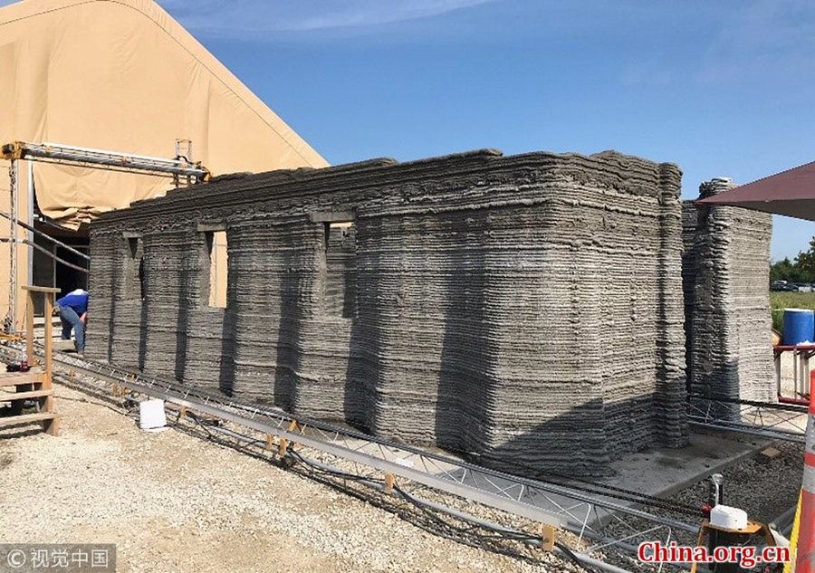 US military builds barracks using 3D printer