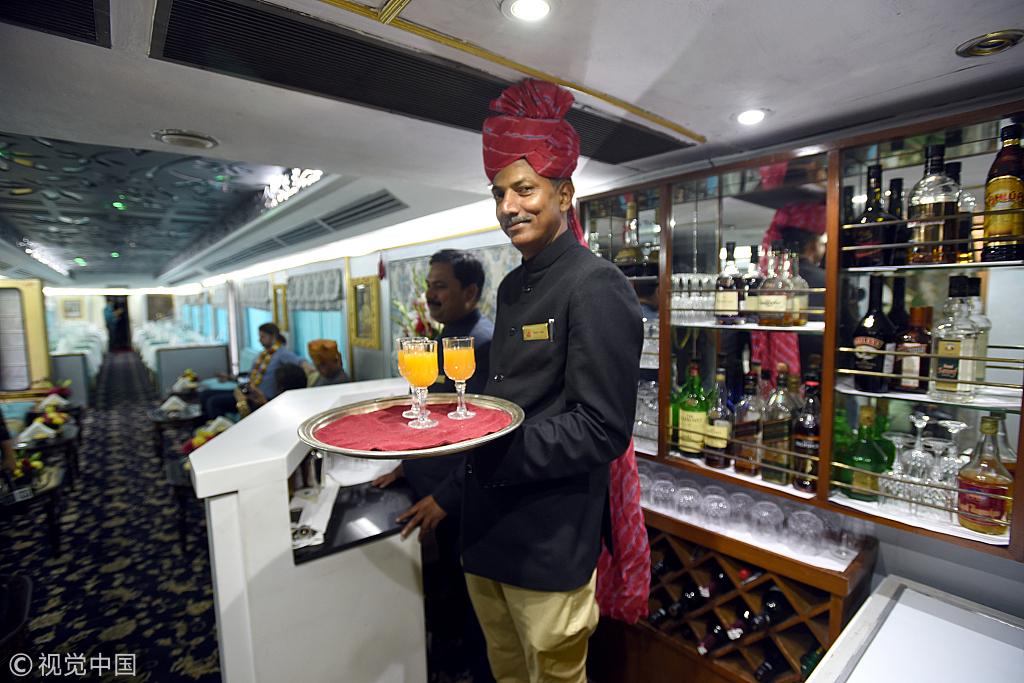 """Palace on Wheels"" takes you around India"