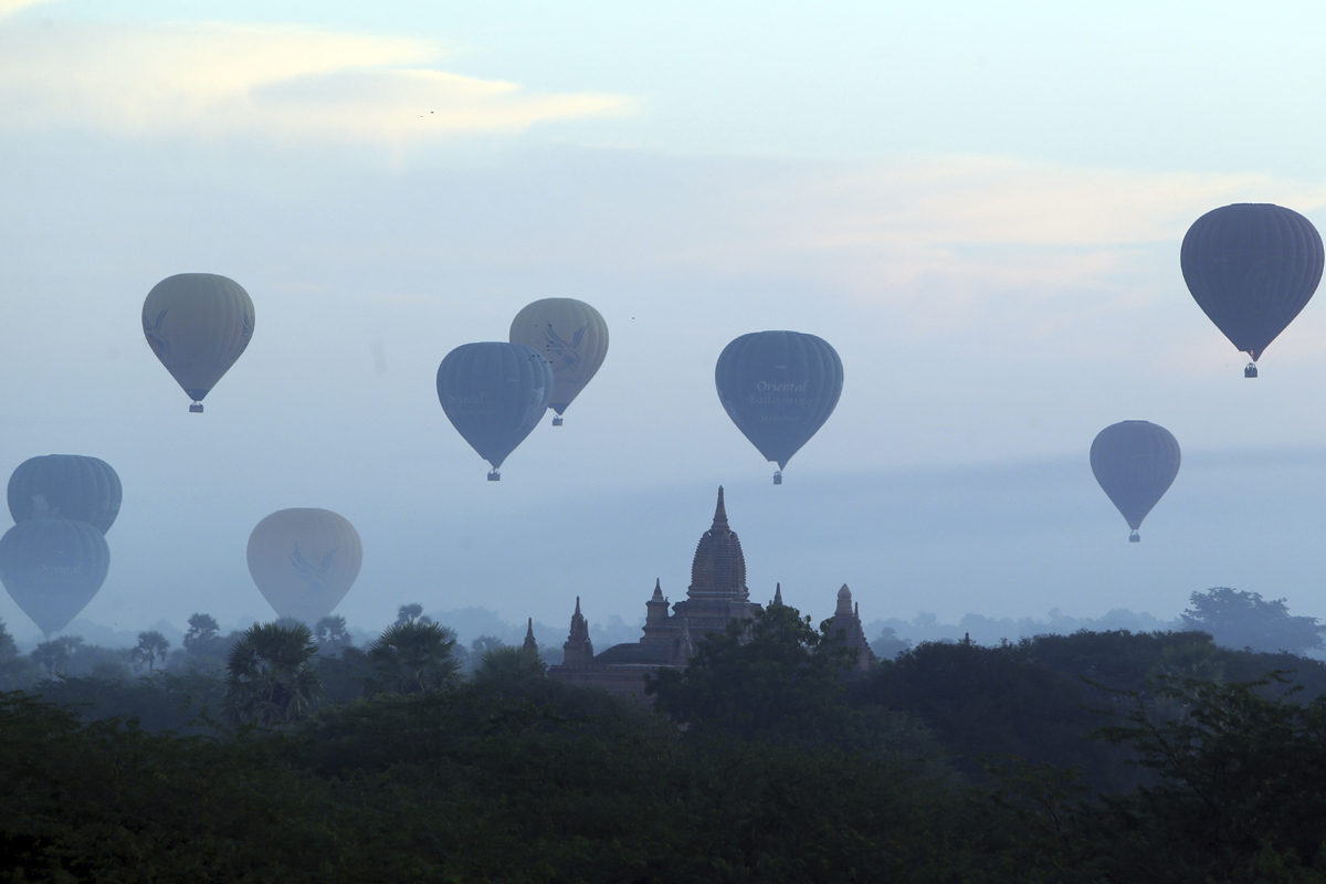 Hot air balloon ride offers tourists treat of Bagan sunrise
