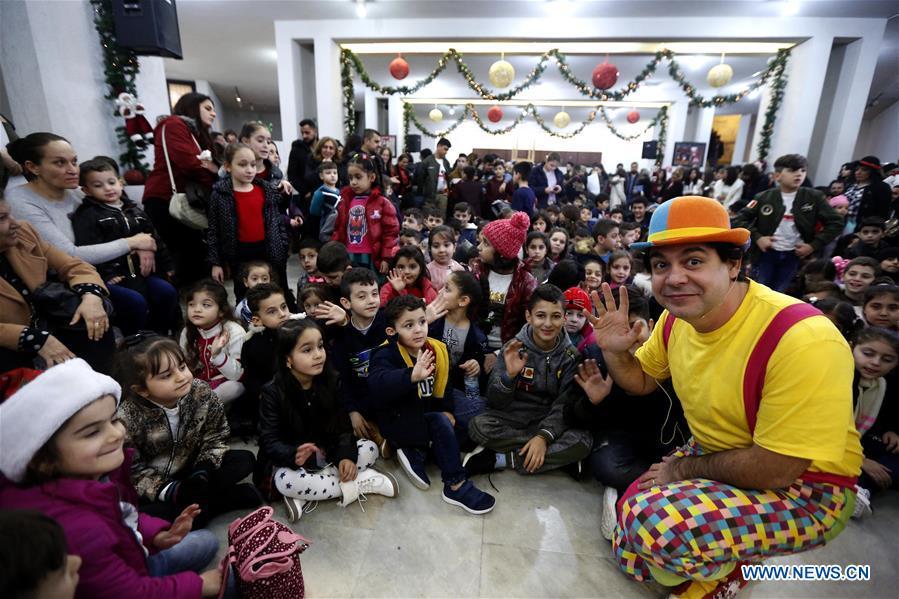Iraqi refugee children celebrate Orthodox Christmas in Lebanon
