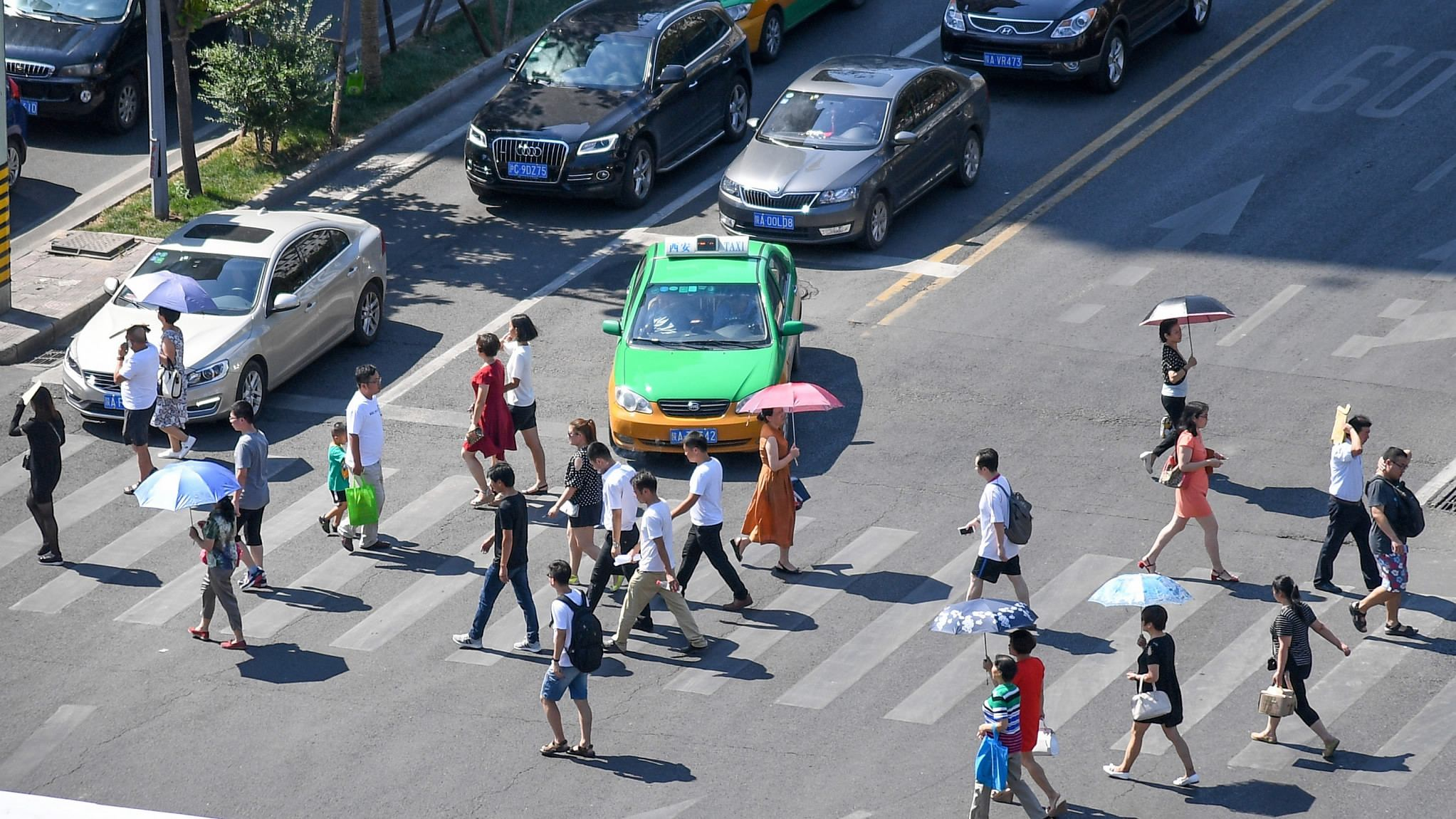 Chinese traffic police adopt innovative ways to deter violations