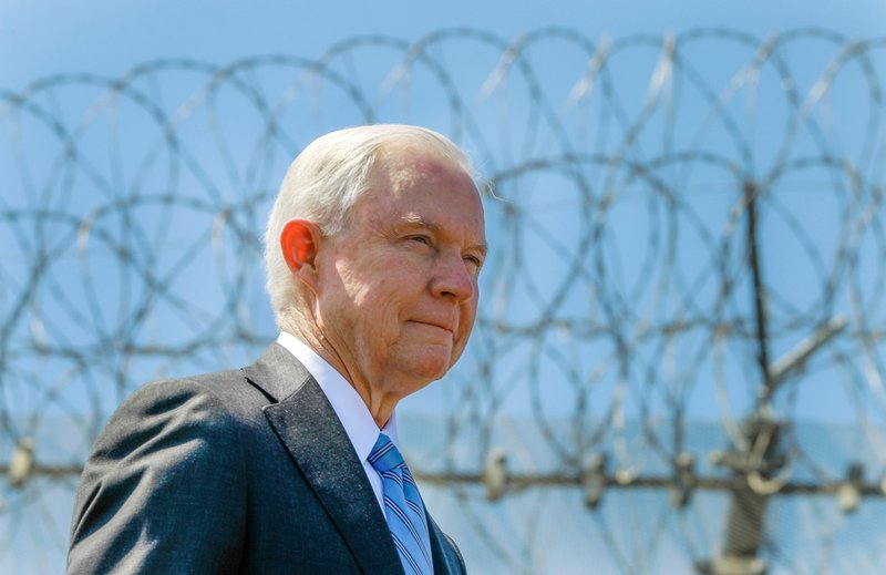 Sessions to address immigration at border sheriffs meeting