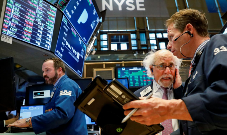 Wall Street higher as tech stocks gain, trade war worries ebb