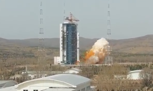 Video: China launches first civil-use satellite constellation