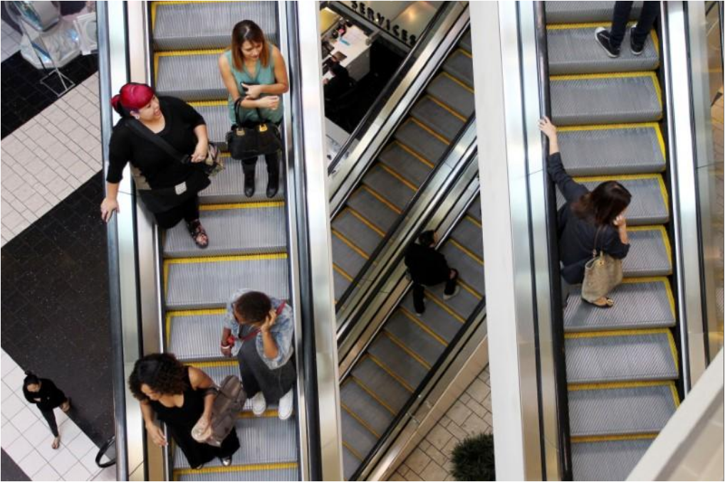 U.S. consumer spending up slightly; jobless claims at 45-year low