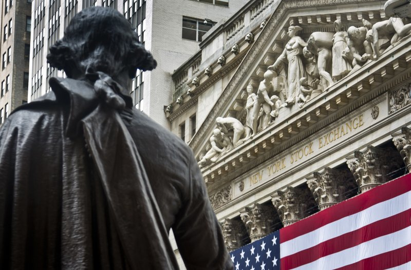 Stocks tumble on trade fears; S&P has worst week in 2 years