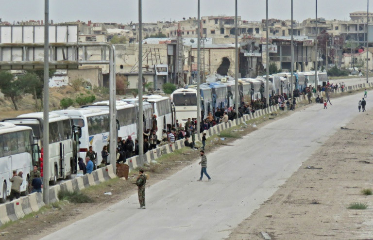 Syria rebels wait to quit enclave on Damascus doorstep