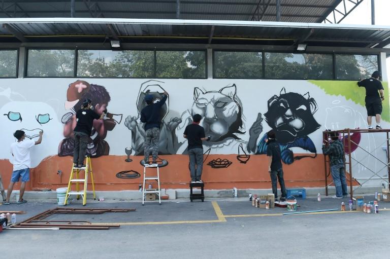 Thai graffiti artists lionise slain panther