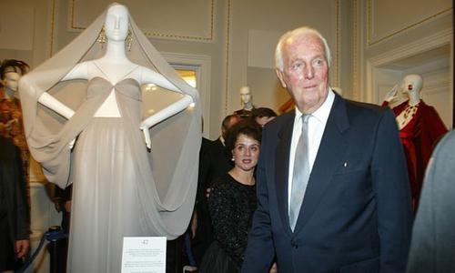 Fashion designer Hubert de Givenchy passed away at age 91