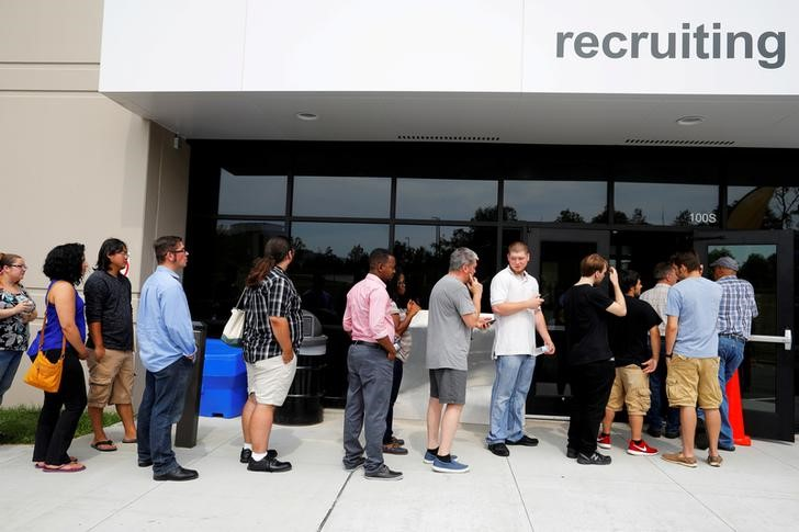 """""""U.S. jobless claims back off 48-year low; layoffs declining""""的图片搜索结果"""