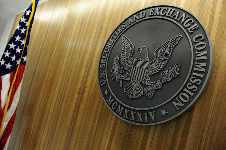 U.S. regulator urges registration of cryptocurrency exchanges