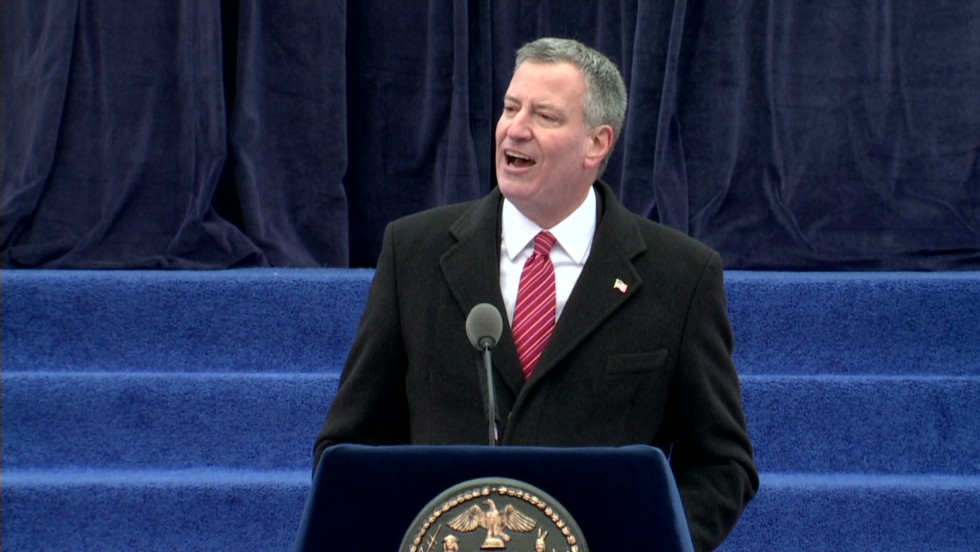 NYC mayor: Lots of candidates want rejected schools job