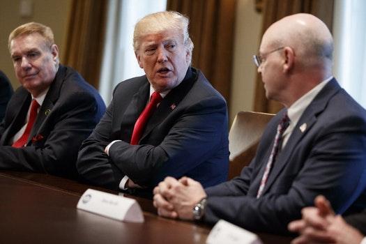 Trump to impose steep tariffs on overseas steel and aluminum products