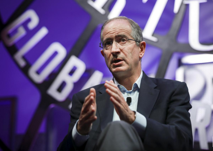 Comcast CEO hails cab driver's influence in bid for Sky 'jewel'