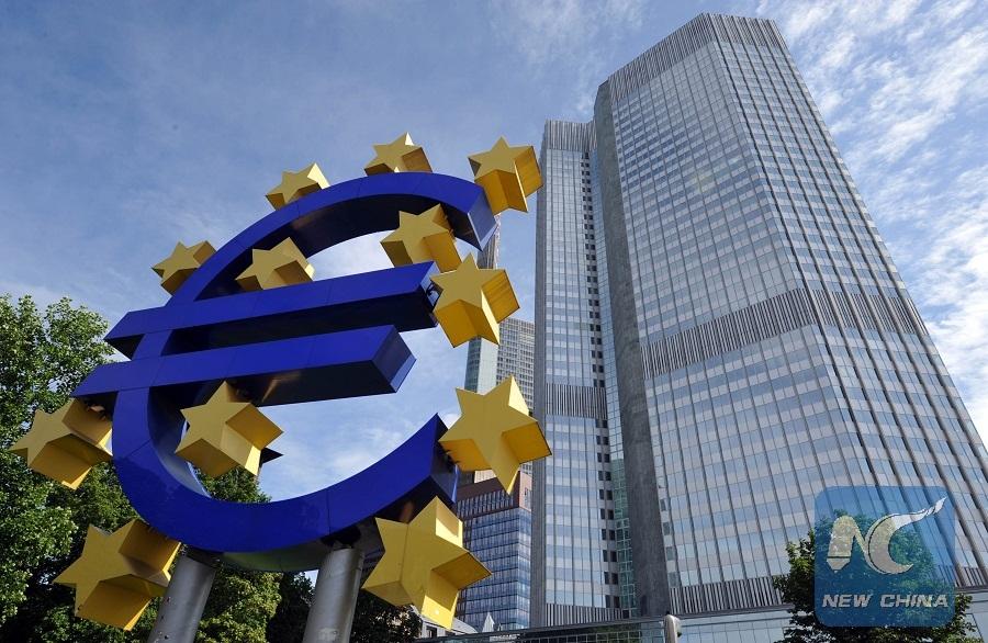 Shareholders of Latvia's troubled bank choose liquidation