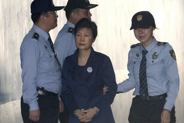 Prosecutors seek 30-year jail term for ousted S.Korean President Park