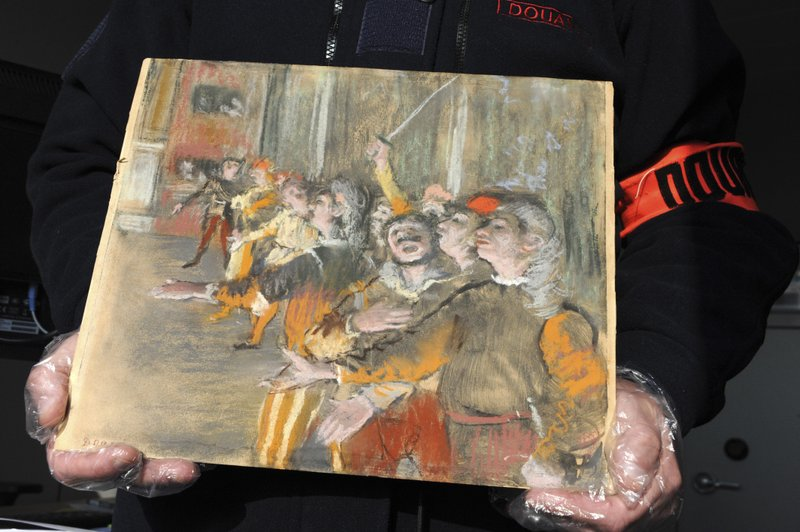 French customs officials find stolen Degas in luggage on bus