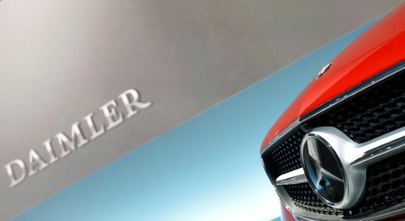 Software may have helped Daimler pass U.S. emissions tests: report