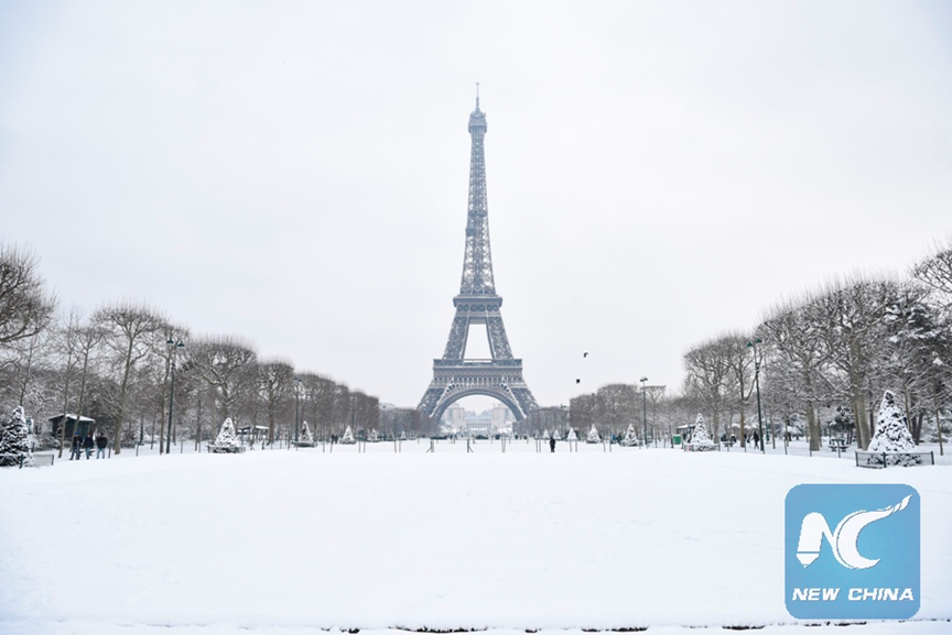 Eiffel Tower reopens Sunday morning after being closed for 2 days