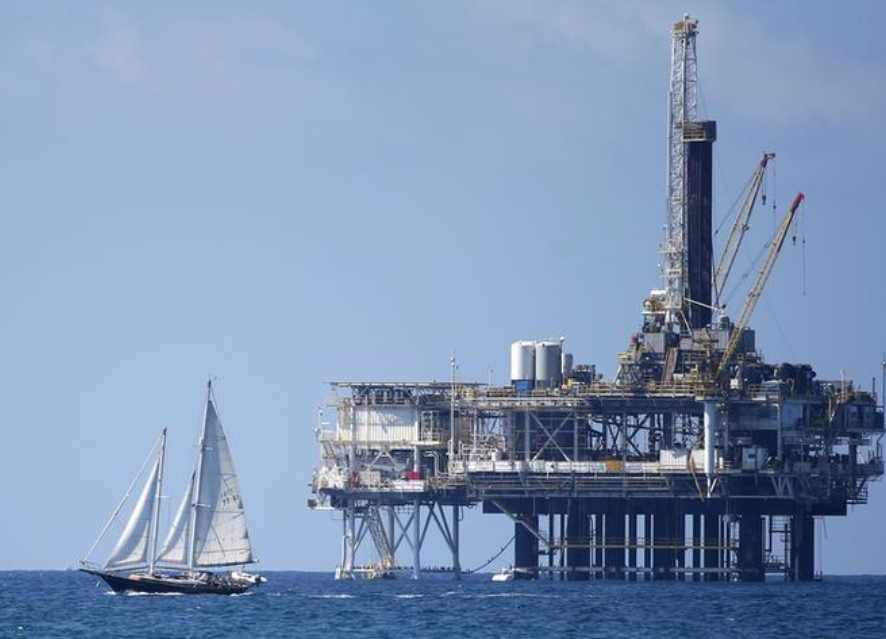 California says it will ban crude from Trump offshore drilling plan