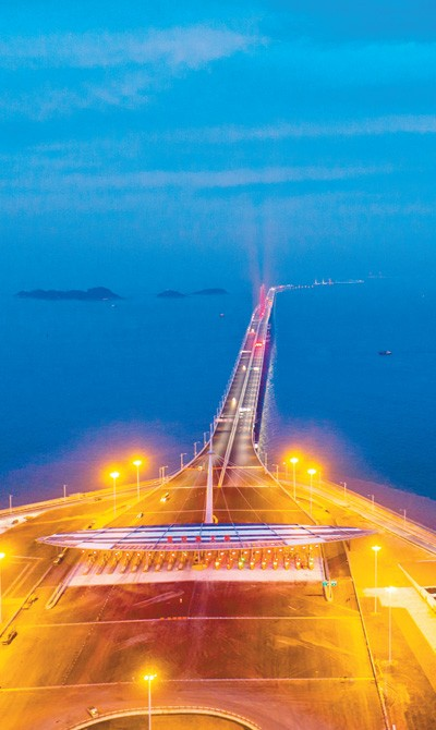 World's longest sea bridge opens to traffic