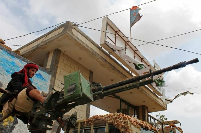 Saudi, UAE envoys bid to end standoff in Yemen's Aden