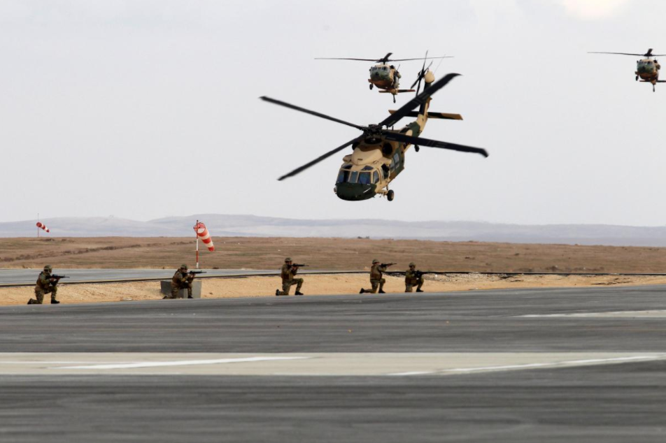 US delivers helicopters to bolster Jordan's border defenses