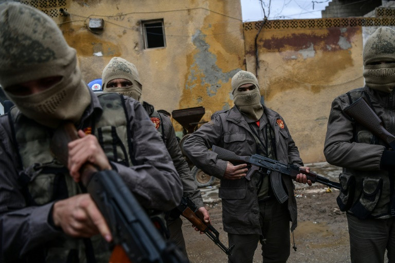 Turkish forces prepare for long haul on Syria frontline