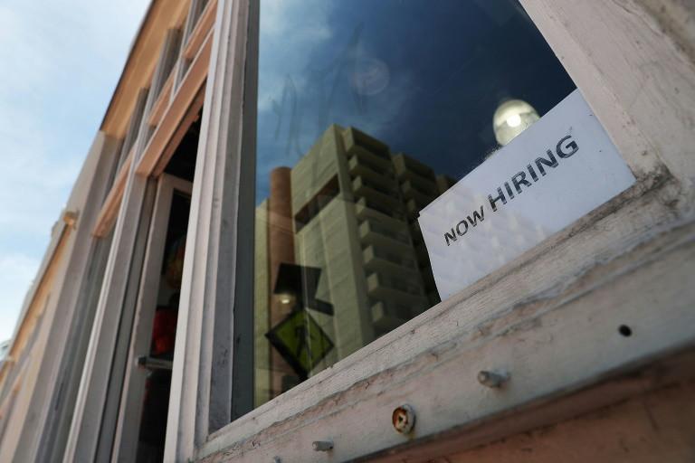 US firms optimistic but face labor shortages