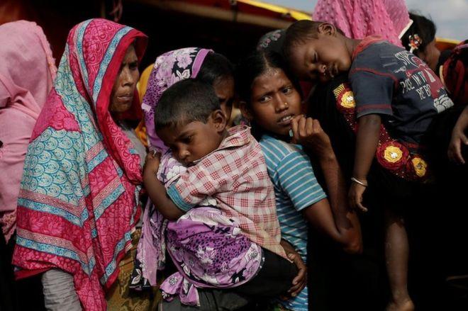 Rohingya crisis: Bangladesh and Myanmar agree repatriation timeframe