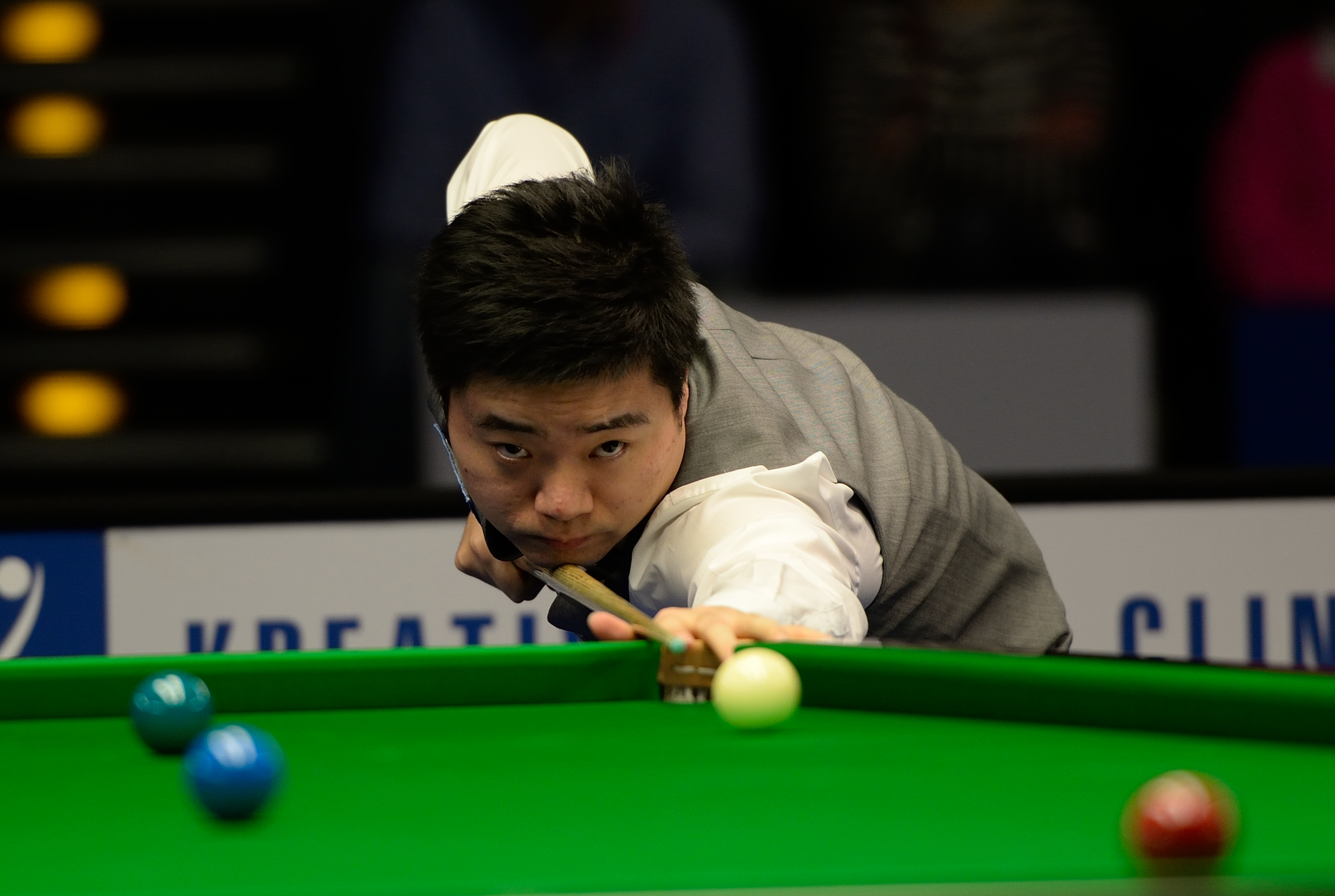 China's Ding shocked at snooker Masters