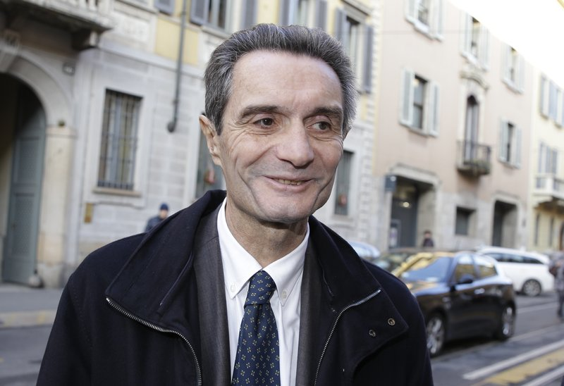 Italian candidate for premier defends 'white race' remark