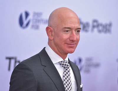 Amazon CEO becomes richest man in history