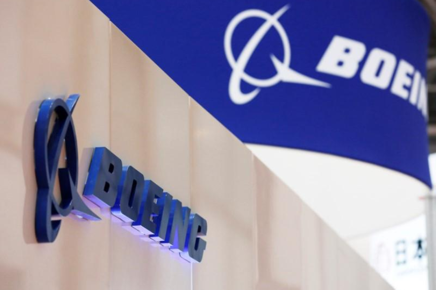 Boeing set to top Airbus with record 763 jets in 2017