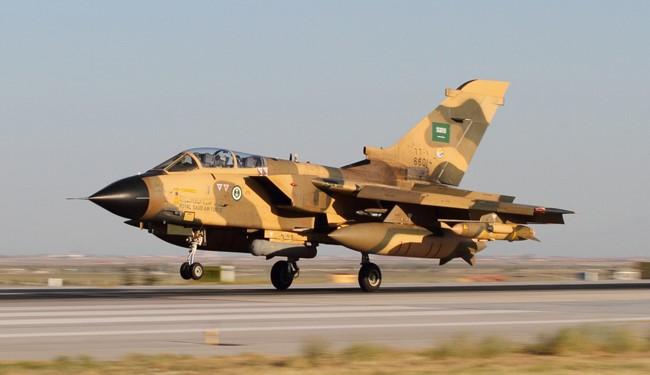 Saudi-led coalition's jet crashes in Yemen, pilots rescued