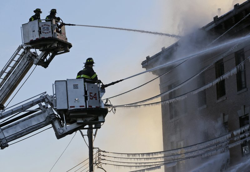 23 hurt, including firefighter, in Bronx blaze