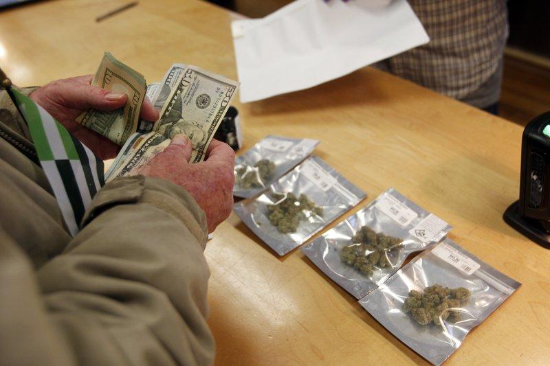 California starts recreational pot sales, clients jam stores