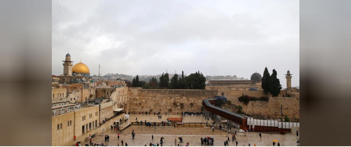 'God bless you', Netanyahu tells Guatemalan president over Jerusalem embassy move