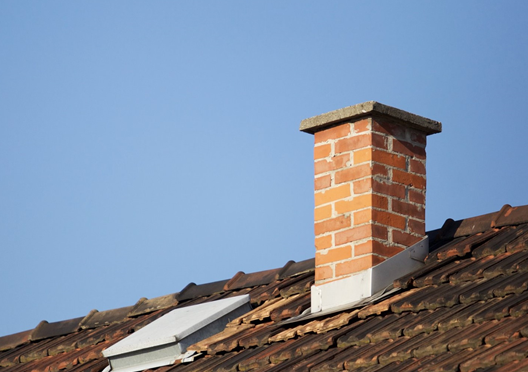 California man gets stuck in chimney during burglary attempt