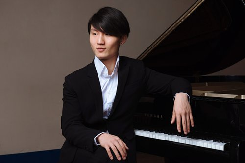 Famous Chinese classical pianist Niu Niu talks about his views on music and new album