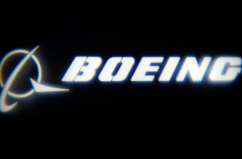 Boeing lifts dividend by 20 percent, sets new $18 billion share buyback