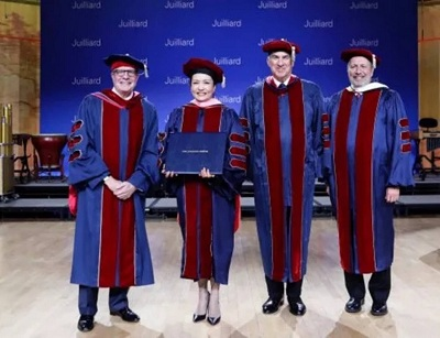 China's first lady receives honorary doctorate degree from Juilliard School