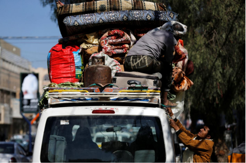 Saudi air strikes on Yemen intensify, residents in capital stay indoors