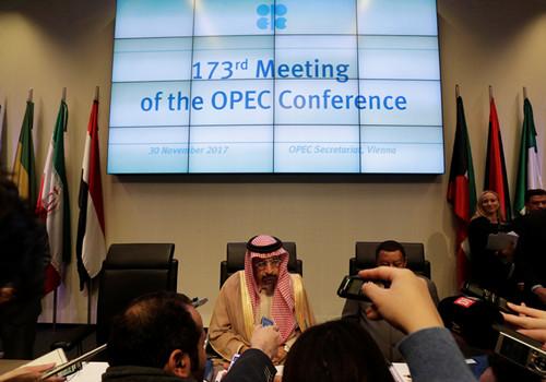 2017-11-30T103502Z_1_LYNXMPEDAT0RV_RTROPTP_4_OPEC-MEETING_副本.jpg