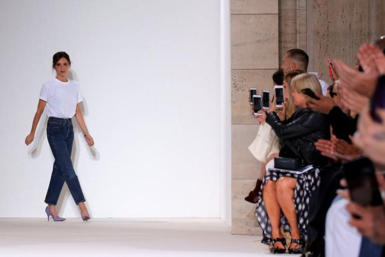 Victoria Beckham's fashion business raises $40 mln for expansion